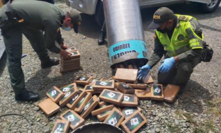 [VIDEO] Contra el narcotráfico: Descubren caleta con 300 kilos de coca al interior de balas de oxígeno