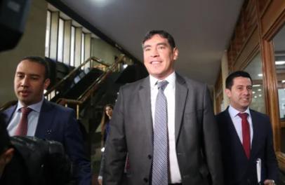 """""""Había un entramado para involucrar al presidente Uribe y a mí"""": Álvaro Prada renunció al Congreso"""