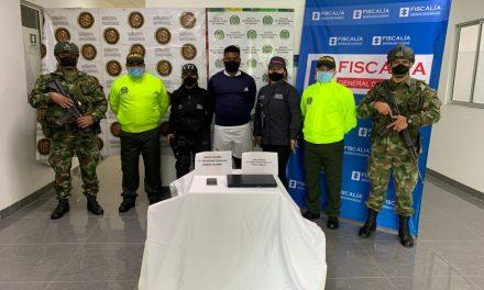 """Capturado Juan Sebastián Perea Mosquera, alias """"Jhonfer, Bocha o Esneider"""", tercer cabecilla del Frente Cacique Calarcá del ELN"""