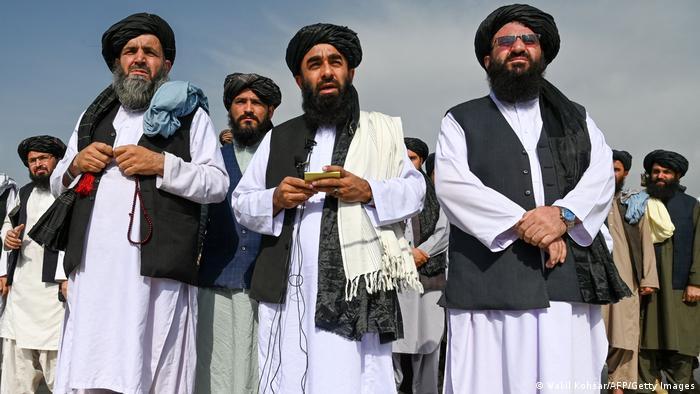 Afganistán: Los talibanes declaran la «completa independencia».