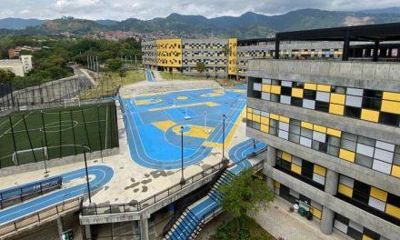 Medellín le apuesta con nueva universidad a las carreras no tradicionales