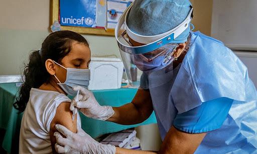 Unicef llama a Ecuador a proteger a niños y adolescentes afectados por la pandemia