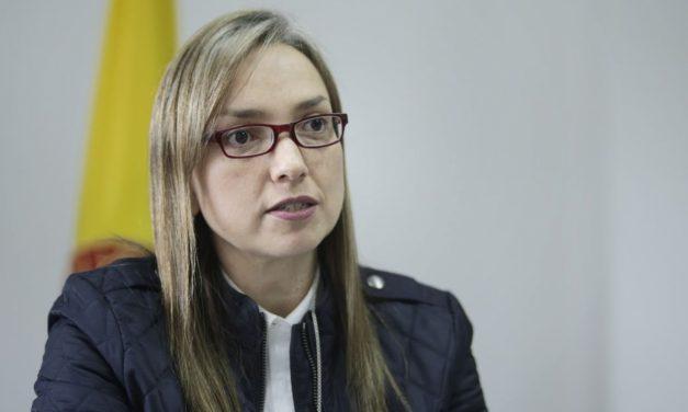 Estos son los retos que tendrá la nueva ministra de las TIC, que llegó a ocupar el cargo de la controvertida Karen Abudinen