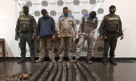 Acciones contra el hurto de cable y vandalismo a la red de semáforos de Medellín dejan 23 capturas