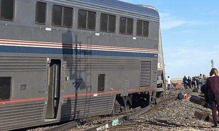 Descarrilamiento de un tren en Montana, Estados Unidos, dejó cinco muertos