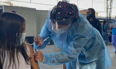Avanza vacunación en Medellín 15.028 estudiantes recibirán el biológico en sus instituciones educativas