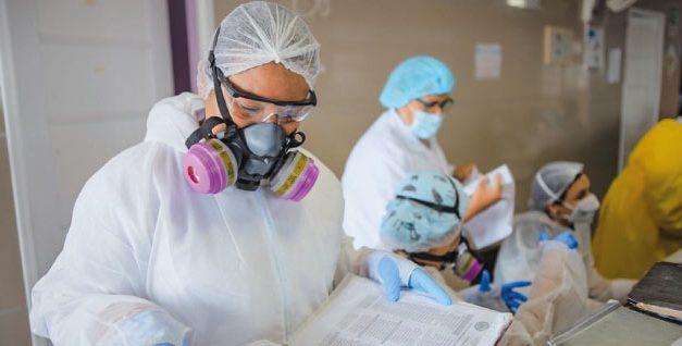 Experto de MinSalud explica qué significa pasar de pandemia a endemia de COVID-19 en Colombia